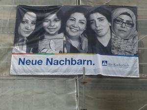 Neue Nachbarn: Mit diesem Transparent hat die Gemeinde im vergangenen Jahr die Geflüchteten, die im Haus Martinus untergebracht waren, begrüßt.