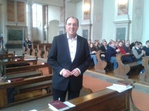 Dekan Panizzi nach der Verkündigung des Wahlergebnisses in der Mannheimer Schlosskirche
